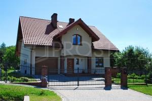 Budynek mieszkalny jednorodzinny | Typ: parterowy z poddaszem użytkowym, podpiwniczony | Powierzchnia użytkowa: 299,30m2 | Rybnik, 2008r.
