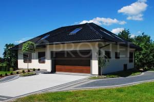 Budynek mieszkalny jednorodzinny | Typ: parterowy z poddaszem użytkowym, podpiwniczony | Powierzchnia użytkowa: 303,30m2 | Rybnik, 2012r.