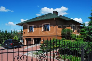 Budynek mieszkalny jednorodzinny | Typ: parterowy, podpiwniczony | Powierzchnia użytkowa: 222,00m2 | Rydułtowy, 2008r.